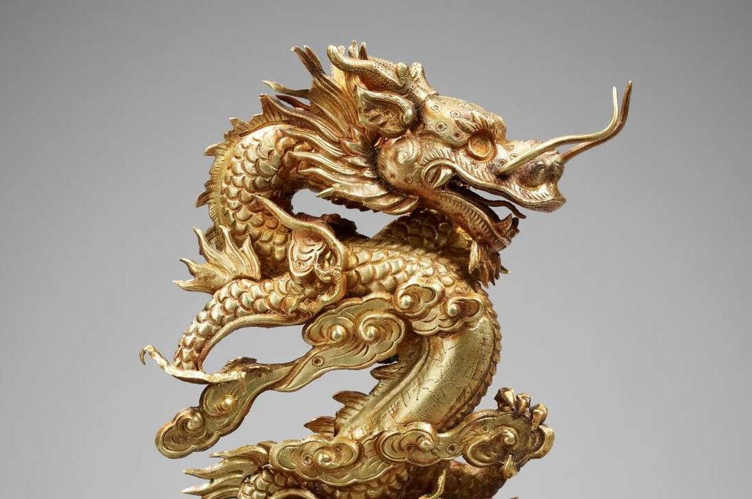 Sculpture dragon Vietnam